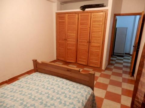 Placard chambre coucher astuces dco dressing classique for Modeles de placards de chambre a coucher
